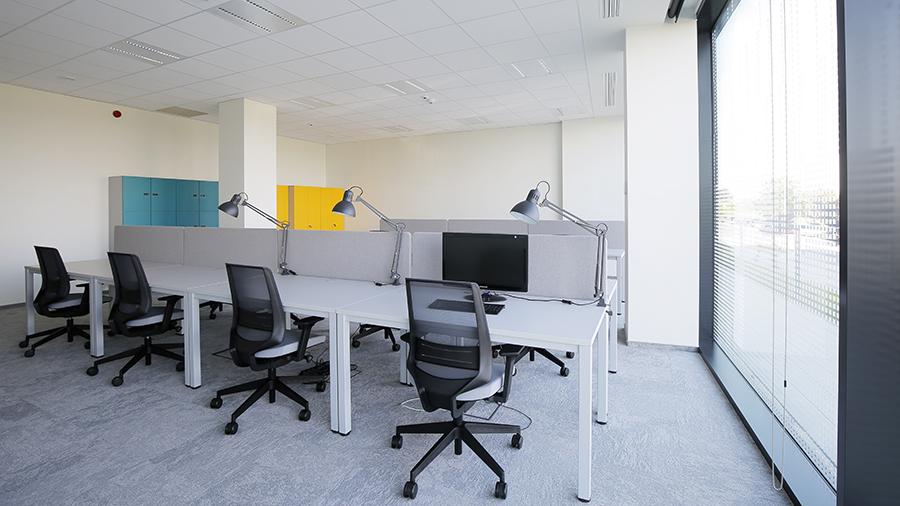 Biuro nr 2 At Office - Dot Office L1